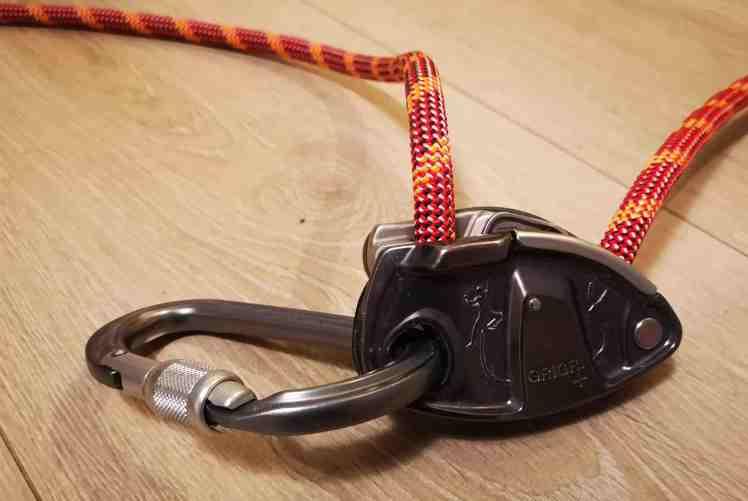 utstyr for klatring på topptau grigri